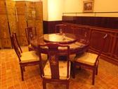 中華といえば…円卓のテーブル席。ボリューム満点の料理をシェアしてお召し上がりいただけます♪