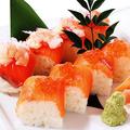 料理メニュー写真サーモン2色寿司