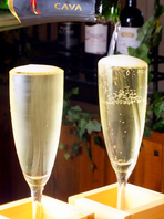 溢れスパークリングワイン500円