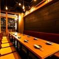 1Fの最大18名様のテーブル席は女子会にオススメ★賑やかな雰囲気を楽しみたい方にオススメのお席です♪