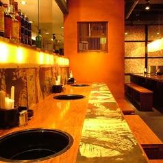デートや女子同士のお食事にピッタリのカウンター席。※画像は系列店のものです