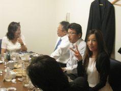 洋間テーブル席(ご商談、接待にどうぞ…)