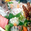 料理メニュー写真中船盛り(4人前~要予約)