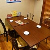 【2F】壁際のテーブル席です。最大4名までOK!