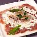 料理メニュー写真マグロのカルパッチョ