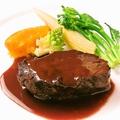 料理メニュー写真黒毛和牛ほほ肉の赤ワイン煮込み