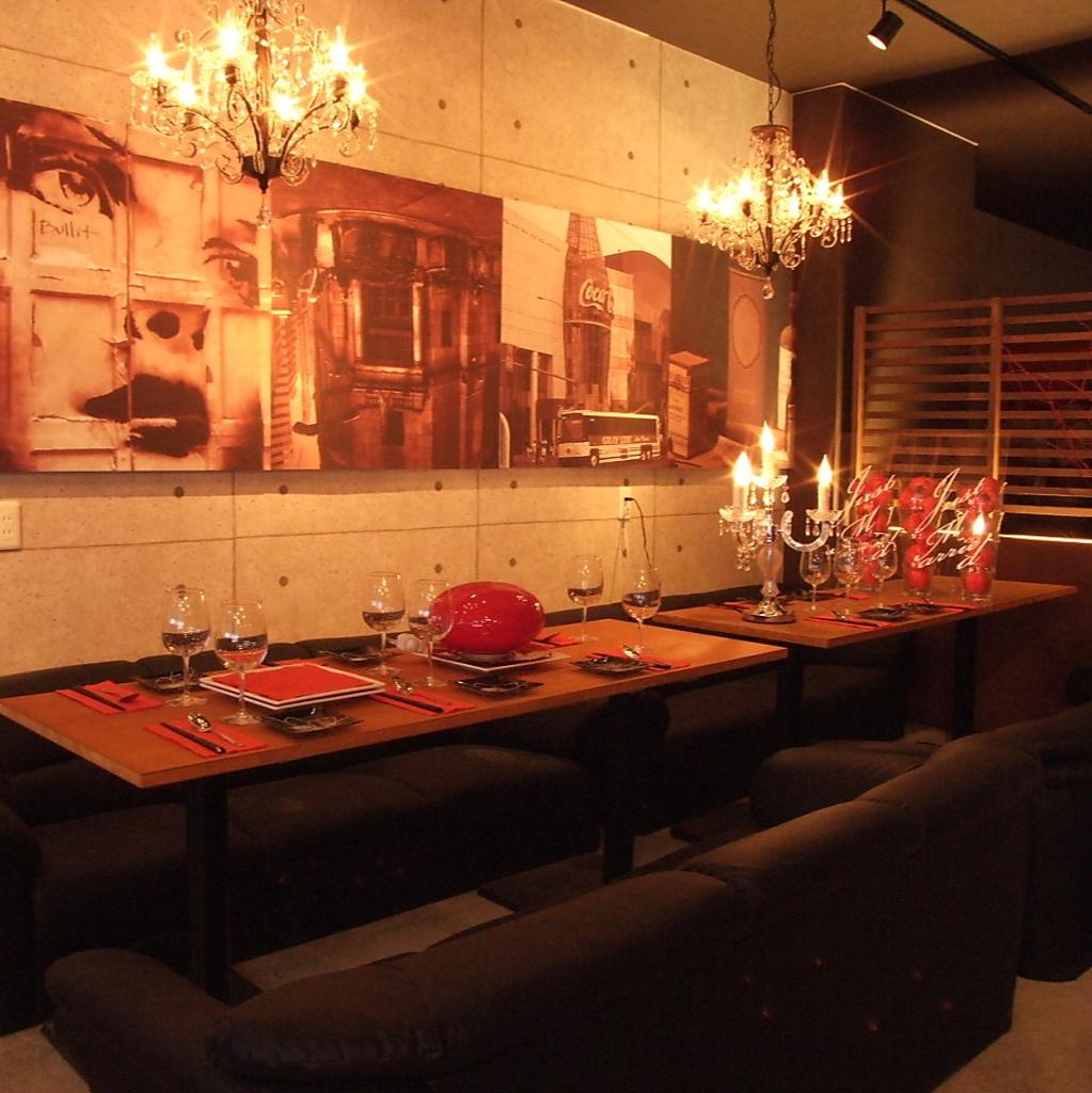寛ぎのソファー席個室は女子会や合コンなどに最適♪人数に合わせた多彩な個室をご用意しております!