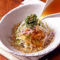 料理メニュー写真きざみ野菜たっぷりの寅福サラダ