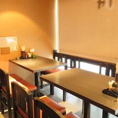 テーブル席 4名×3卓