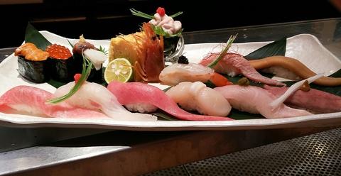 築地で毎朝厳選した旬の魚をリーズナブルな値段でご提供!!