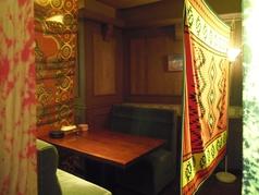 カップルシート(4名席の個室×4部屋)