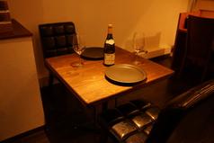2名様用テーブル(壁側)