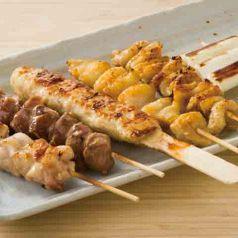 料理メニュー写真■串焼き盛り合わせ(6本)