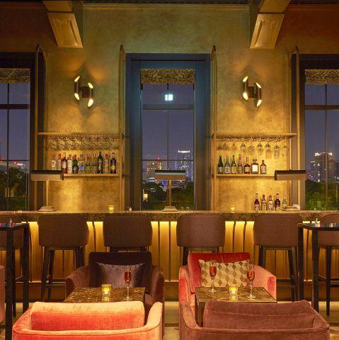 レストランラズベリーの中にはムーンバーというBARもございます◎こだわりのカクテルや日本酒をゆったりとしたソファーやカウンターでお楽しみください◎