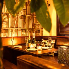 ご宴会に◎大人数でも安心!テーブル&ソファ席。人数に応じて最適なレイアウトを考えます。お気軽にご相談ください♪
