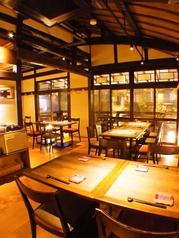 【1階】テーブル席を完備!