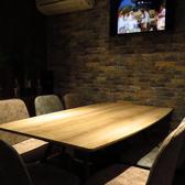 半個室風、くつろぎのテーブル席完備!