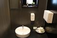 男性用のお手洗い(小トイレ3、大トイレ2)トイレのアメニティも充実しております。