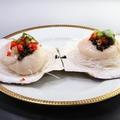 料理メニュー写真イカの湯通し香味ソースかけ、殻付ホタテの黒豆蒸し、殻付ホタテニンニク蒸し