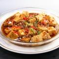 料理メニュー写真マーボー豆腐、揚げ豆腐と豚肉の辛子炒め、揚げ豆腐のXO醤炒め
