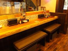 キッチンも見渡せる横並びの特等席♪2名様でご利用しやすいような椅子が嬉しい★