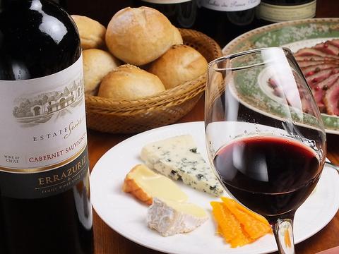 お好みのワインをソムリエがご提案◆100種類以上楽しめます!