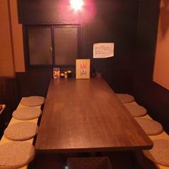 8名様用のテーブル席☆