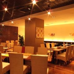 1Fレストラン会場:銀山町路地裏のメイン入口集まりやすい好立地で会社宴会や同窓会も◎貸切30名様~最大60名様までご利用可能です。
