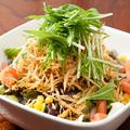 料理メニュー写真ポテトのカリカリサラダ