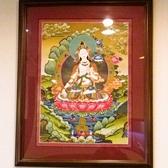 お店の中にはネパールの絵や小物が飾られていて、異国情緒豊かな南アジアの雰囲気を醸し出している。