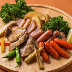 肉屋の肉バル 完全個室 肉の郷 池袋店の特集写真