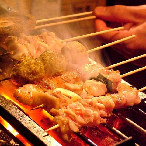 完全個室×焼鳥を堪能…。寛げる掘りごたつ個室でお食事を…炭火焼鳥×市場直送鮮魚