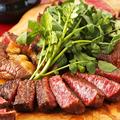 料理メニュー写真US産ブラックアンガス牛の肉盛りプレート