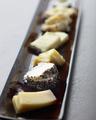 料理メニュー写真世界のサラミ盛り合わせ/世界のチーズ盛り合わせ