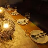 広めのテーブルは全席ソファでご堪能いただけます♪お誕生日や女子会等ゆったりソファーでまったり★