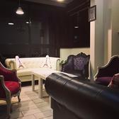 ラグジュアリーな雰囲気漂うソファーの半個室席ご用意★人気のお席の為【要予約】