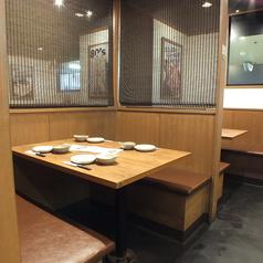 少人数の集まりにおすすめのお席です◎美味しいごはんと落ち着いた空間。周りを気にせずゆったりできます♪