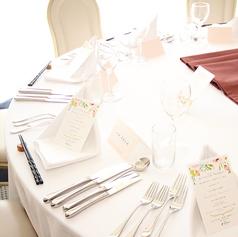 宴会場のご利用も承ります。着席形式で最大50名、立食形式で最大90名まで。