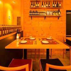 【2~4名様席】少人数様席は、デートや親しいご友人との飲み会、お仕事帰りに◎