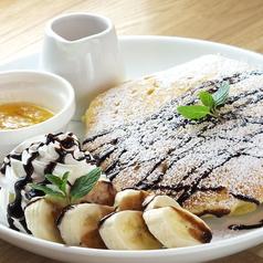 料理メニュー写真チョコ&バナナのパンケーキ