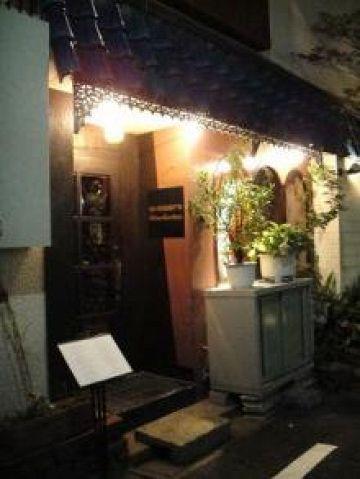 ワインレストランの老舗。ワインがお好きな方にはたまらないお店がミッドタウンの横に