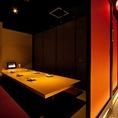 【10名席焼肉TAJIRI 四条烏丸店は完全個室を完備しておりますのでプライベートな空間と広々堀炬燵式のお席はゆったりと寛いでお食事をお楽しみいただけます。新鮮な海鮮料理を含んだプランも多数ご用意しております。