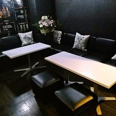 【ソファー席】3名掛けソファー席×1卓