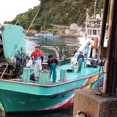 四国の漁港から届く新鮮鮮魚や干物など♪みかん鯛の御造りや伊予めじろしゃぶしゃぶも!四国のご当地グルメを思う存分お楽しみ下さい。