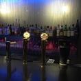 アルコール類は豊富に取り揃えております。お仕事帰りの「ちょっと1杯」にはカウンター席がオススメです。
