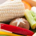 【付き出し】付き出しのお野菜もオーナー自らが選び抜いた食材のみを使用。