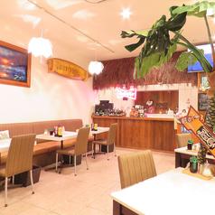 ハワイアンカフェ ココロコの雰囲気1