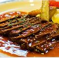 料理メニュー写真フランス産鴨のロースト 果実のソース