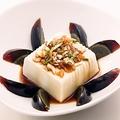 料理メニュー写真ピータン / 豆腐とピータンの冷菜 / 中華風冷奴