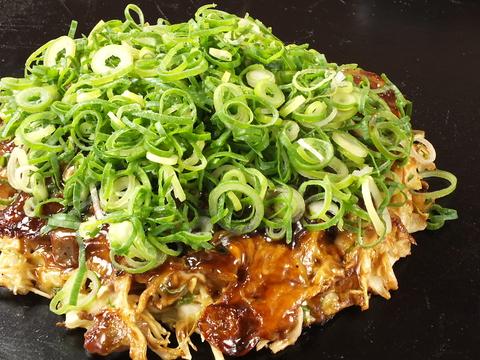 鉄板焼きや高知県産のおつまみとジャズ・ソウルを一緒におしゃれに楽しめるお店♪